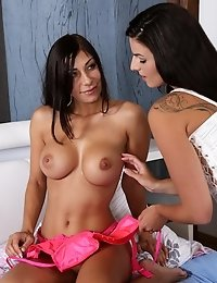 Dark haired hotties experiment with watersports